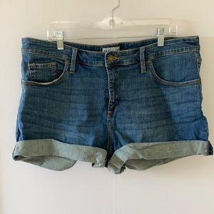 Women's Plus Shorts